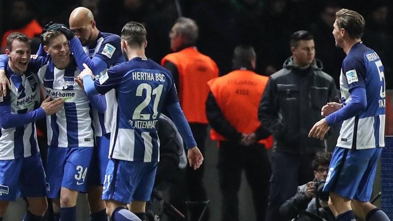 Hertha sobe ao quinto lugar da Bundesliga