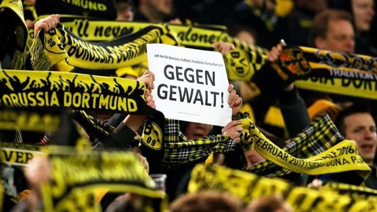 Hooligans do Dortmund suspensos entre quatro meses e dois anos