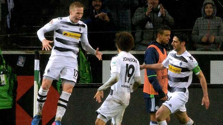 Borussia Mönchengladbach supera Schalke 04 com bis deJohnson