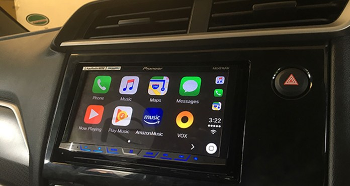iOS 15 On iPhone 13 Is Causing CarPlay Issues For Some Users