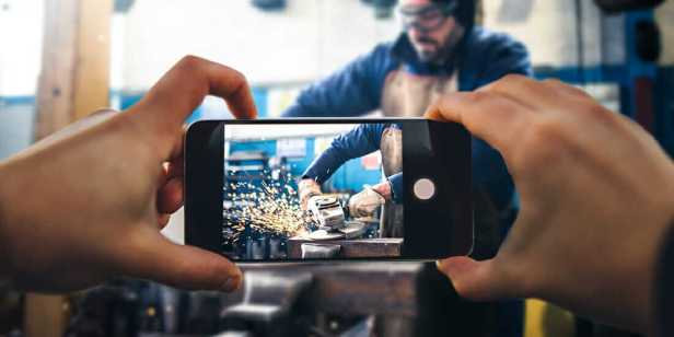 social media for manufacturing companies