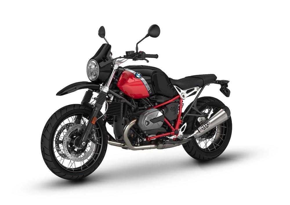 BMW R nine-T G/S Option 719 Black Storm Metallic Racing red rhs front angle