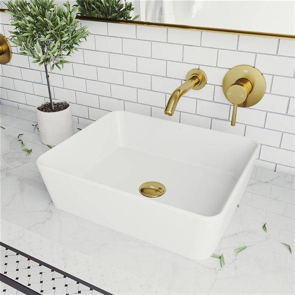 lavabo de salle de bains blanc mat marigold de vigo robinet or mat 17 75 po
