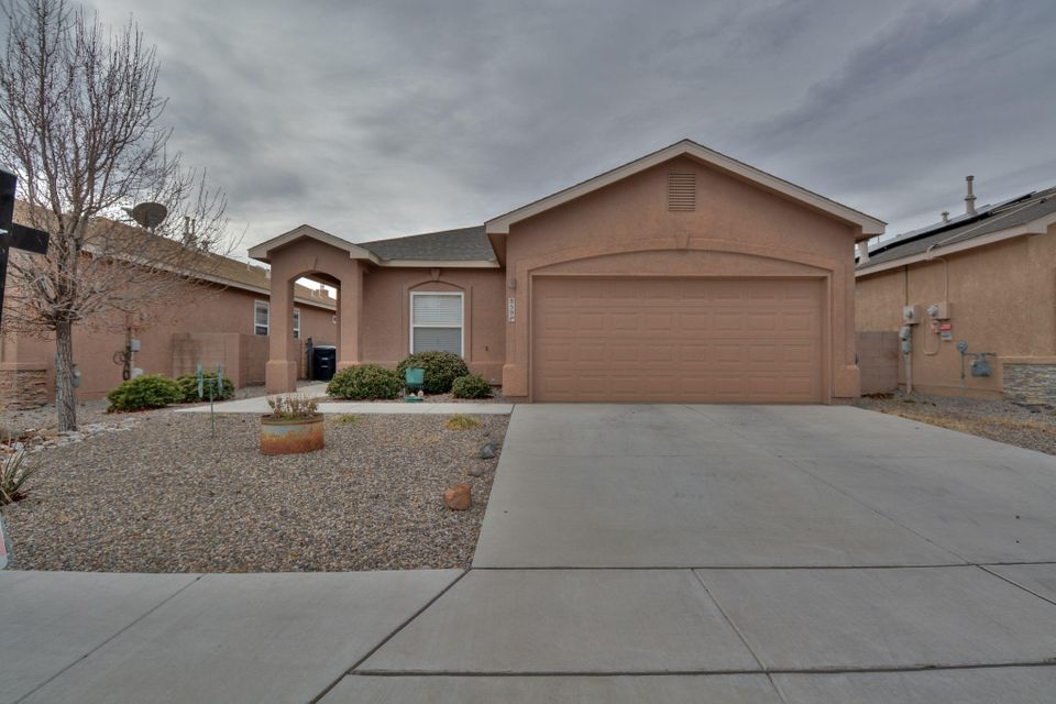 Charming Stillbrooke home located in the Sundoro Subdivision! Featuring 1,600 sf with 3 bedrooms, 2 bathrooms and an office. Spacious living area with a large built-in shelving area. Eat in kitchen with solid oak cabinetry and crown molding, center island, stainless steel appliances, tile back splash and kitchen pantry. Open office area with built-in book case. Master suite with walk-in closet and a large bay window with seating. Master bath with marble vanity and a shower/tub combo with glass enclosure. Outside enjoy the covered patio extended with a fire pit!