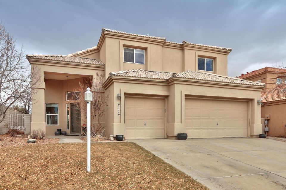 Nice open floor plan, This Home has refrigerated air installed, One bdr and full bath on main floor, Private master suite is open and has 2 way fireplace,big walk in closet, balcony has views,Higher end Stainless Steel appliances in the last year, beautiful counter tops, even the kitchen has views.  2016 SS Kenmore Elite Stove and Microwave, Kitchen Aid 5 Burner Gas Stove, Gas Range Top, Kohler sink, New Water Heater Dec 2016.