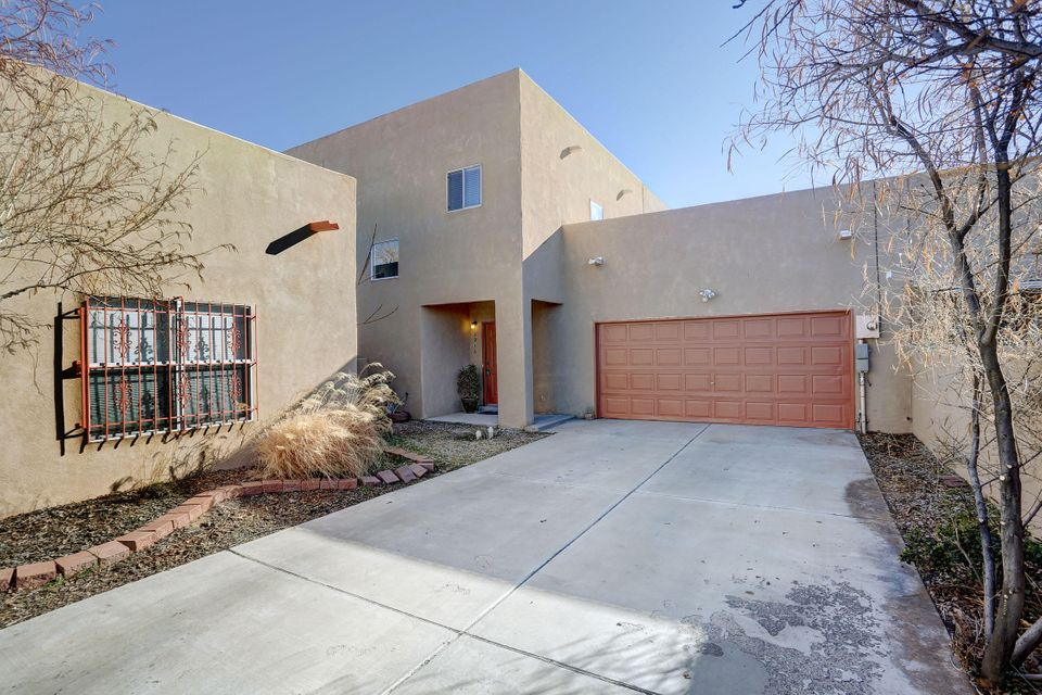 Easy convenient commute to I-40, close to shopping, and restaurants.  Kitchen has breakfast bar, bright with tons of natural light.with Skylights throughout the home,Newer carpet and  paint,tile in the wet areas.All the appliance convery View of Sandia mountains from the living room and the backyard.ALL INSPECTIONS ARE DONE,COME SEE THIS HOME TODAYNO HOA....Home is close to a park .