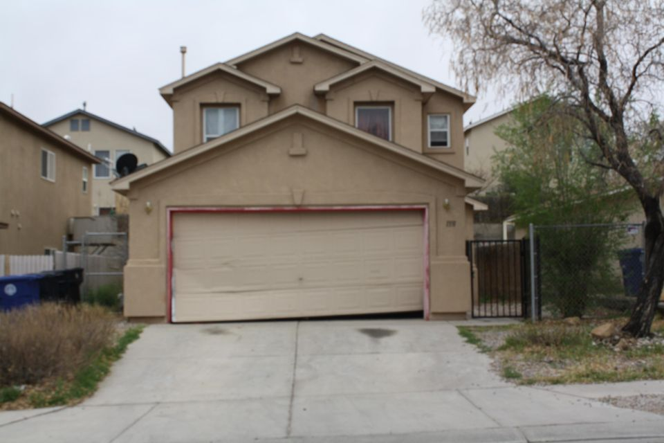 Priced to sell AS ISThis very well priced spacious 4 bedroom home located in a great location, has so much potential to become your dream home. Great home for investors also!!Make us an offer!!