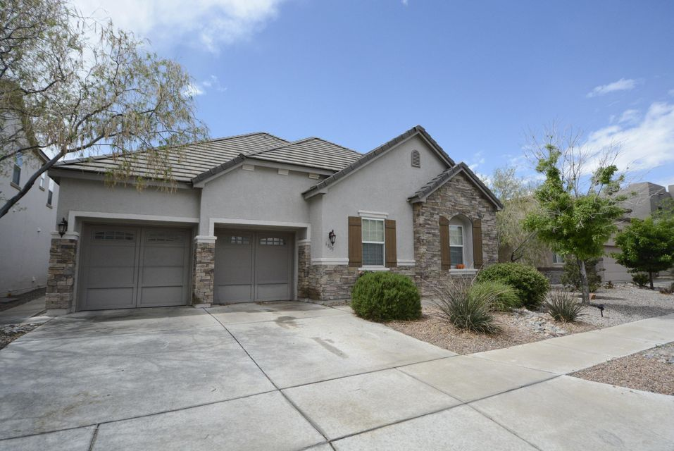 Gorgeous single level home in Vista Vieja. This home has it ALL! Complete with a 3 car garage, Refrigerated Air, 4th bedroom or Office/Study. The Master Suite is Incredible with a fireplace and a large walk-in closet. Walk outside to a low maintenance backyard. This home won't last!