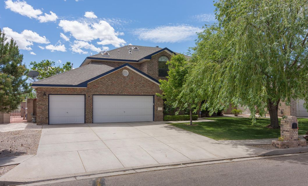 A lovely home in a pastoral setting, it is light and bright with an open, flowing floor plan. Featuring an abundance of space, a true 4 bedroom plus office, and 3 and 1/2 baths. Plus a 3 car garage! An entertainer's delight, with ample indoor and outdoor space for relaxing.  The upstairs loft with balcony, is an additional living space. Enjoy the wonderful park in the Enclave Park neighborhood.