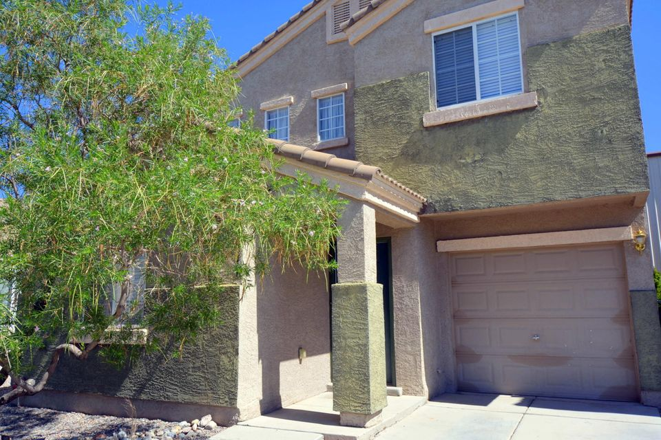 This wonderful 3 bedroom, 3 bath home is located within a beautiful gated community! With plenty of updates, this home is ready for its next owner! The home has amazing flooring that shines with quality, and the backyard provides a tranquil setting. Super close to Kirtland AFB, the South Eubank Tech Park, Costco, Home Depot, and the Manzano Mesa Multigenerational Center; be sure to schedule a showing today!