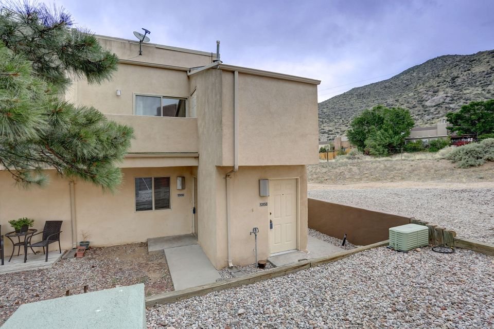 A great efficient condo located right near the base of the Sandia Foothills.  Fantastic East side location and terrific Mountain views.  The condo HOA takes care of all the exterior and some utilities.  This will sell quickly....set up your viewing today!