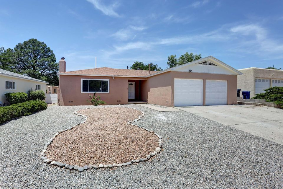 Nice Remodel.  New Kitchen, New granite, New Stainless Steel Appliances, New tile flooring, New refrigerated air, New vanities, Updated electrical panel,  Re-finished hardwood flooring.  Nice home turn key. Open House 6/17 1:00 pm - 3:00 pm.