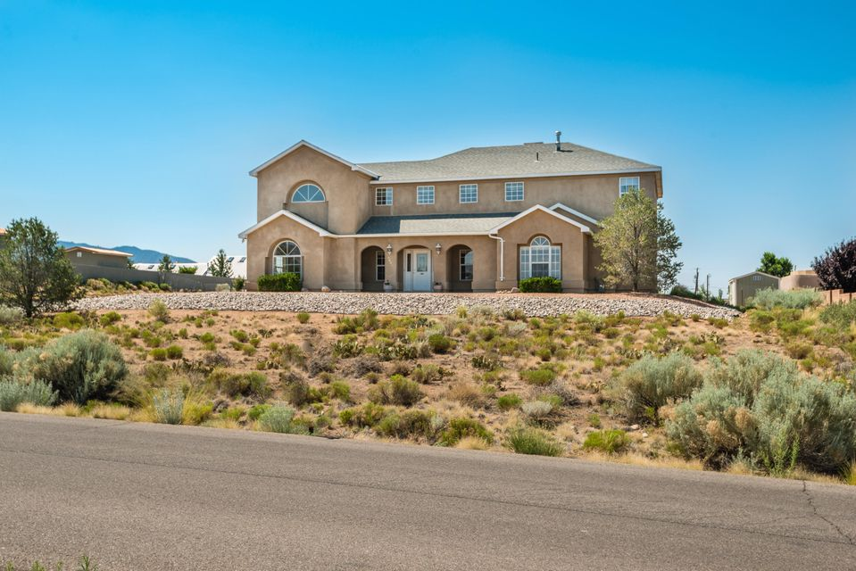 Rural living in the City.  Fenced backyard for all kinds of play.  Great mountain and sunset views.  Open floor plan, high ceilings, and many more extraordinary features.  Come see today!
