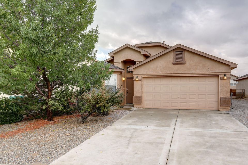 Come see this 4 bedroom home with new carpet throughout and new tile in the master bath. Two living areas, one of them open to the kitchen. Priced to sell!!!