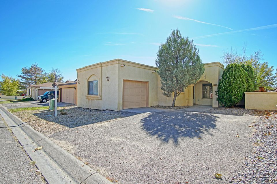 Easy access to Albuquerque and Santa Fe.Light and bright,open floor plan,build in shelf and high ceiling in living room.Roomy master bedroom with private bath.Fenced back yard with low maintenance landscaping.Eat in kitchen.Close to restaurants,entertainment and shopping.