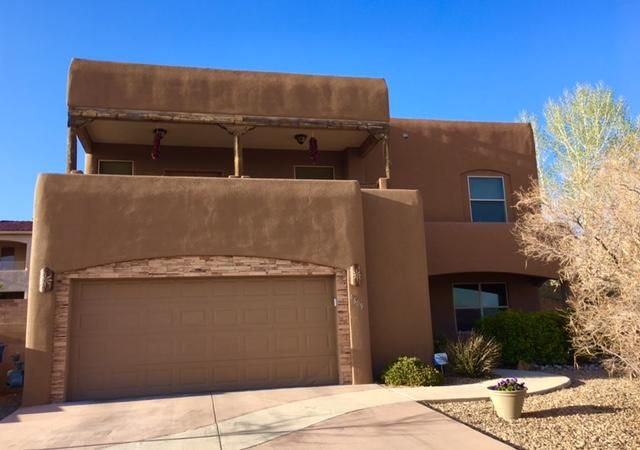 This beautiful custom southwestern home on a quiet Cul-De-Sac features soaring T&G ceilings, a kiva fireplace, and custom tile work throughout.  It has five bedrooms, three full bathrooms PLUS an office to make this a great home for any size family. With a chef's kitchen that has granite countertops, stainless steel appliances, a breakfast nook and bar, plus a large dining area, you'll want to share your home with family and friends. A backyard that has a built in fire pit and plenty of room to have gatherings add to its appeal. The front and back yards also have easy care southwestern landscaping.