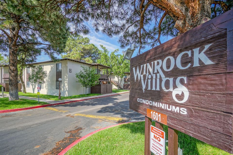 This charming one bedroom condo at the Winrock Villas is a must see! Brand new Laminate floors in main living areas and bedroom, tons of natural light and your own private patio!! Enjoy the many amenities of the Winrock Villas and the location situated next to Uptown Shopping and Winrock Center!