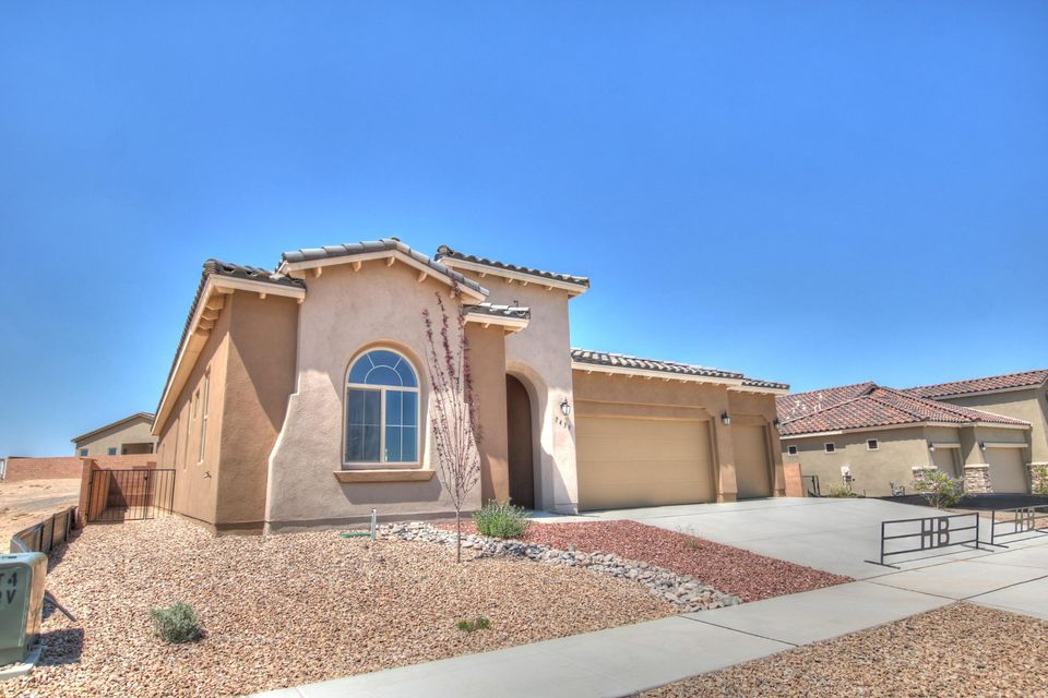 OPEN HOUSE SATURDAY SEPT 29nd 12PM-3PM  BRAND NEW Hakes Brothers Home located in the high desirable community of Durango at the trails This 3 Bedroom 3 bath 3 Car Garage and is loaded with all the good stuff. Granite counter tops stainless steel appliances and more. Come get it before it sells
