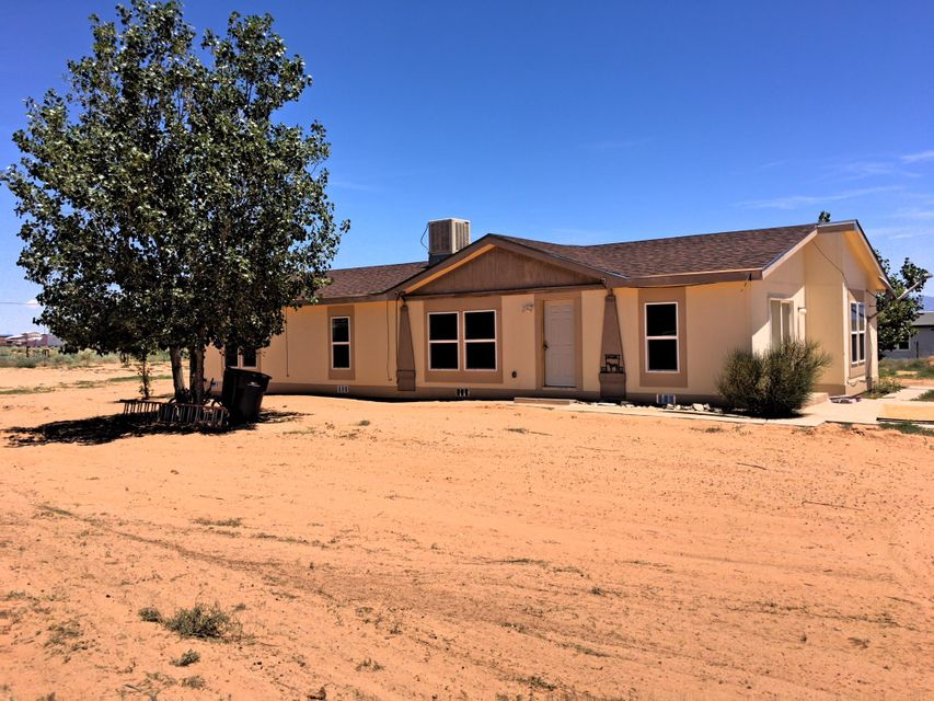 Looking for an affordable home with lots of potential? Look no further! This manufactured home awaits new owners. Many possibilities with a spacious 1.2 ac lot. Windows have recently been replaced. Laminate flooring through out. Make an appointment to view today!