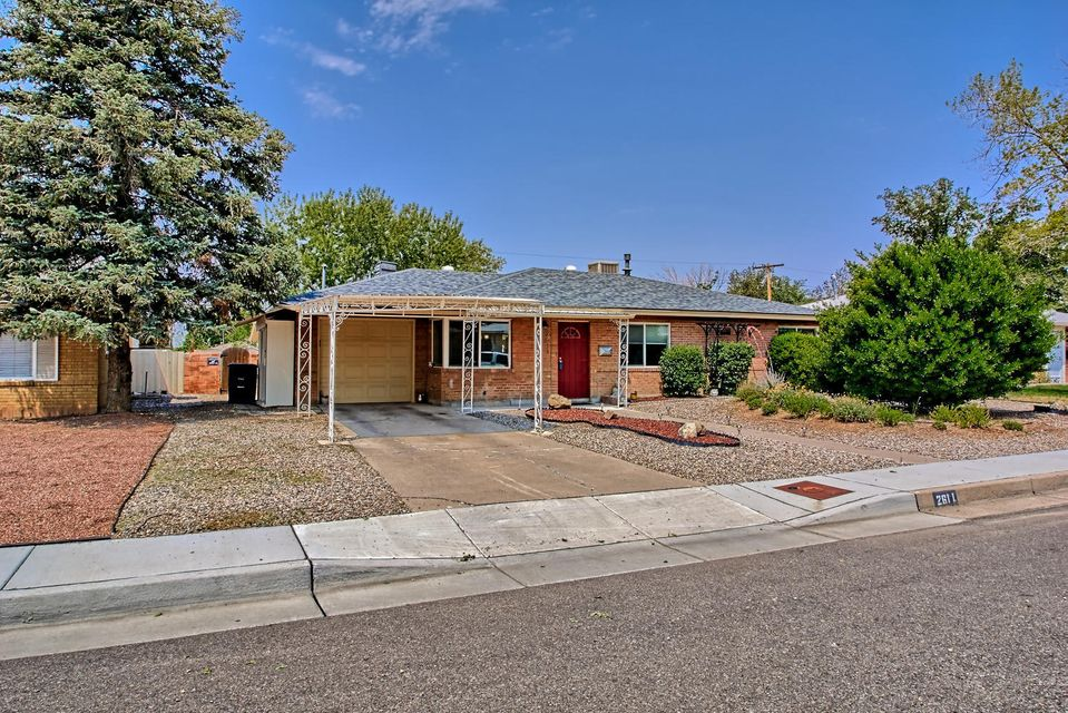 Charming 3 bedroom house. Entire house has been updated, simply move-in and enjoy. Brand new carpet in Den/2nd living area