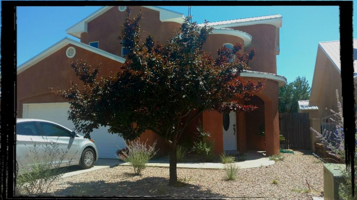 Hard to believe!  New Home Opportunity! Pure Custom home on infill lot Never Lived In! Beautiful Rotunda Entry with High vaulted ceiling, southwestern nichos with soft rounded walls throughout! This is a must see One of a Kind Pure Custom Home! Owners planned to use home upon retirement but plans have changed, this is a rare opportunity.