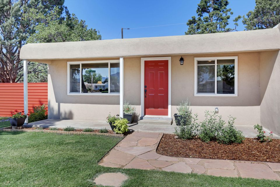 This remodeled home has space for everyone. This would be a great Multi-Generational home with it's  2+ living area's and not to mention 3 bathrooms.   Windows, flooring, cabinets, heating and cooling, TPO roof, synthetic stucco, ...the list goes on.  Take a look at the photos and we will see you soon!