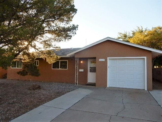 This recently remodeled home offers a very open spacious casual floor plan.  The country kitchen has a sunny window overlooking the front yard and separates one of the living areas with a breakfast bar with access to the back yard patio.  All public rooms, bathroom, and hall are tiled in rich hues highlighted with crisp white trim and doors.  The family room is adjacent with windows to the backyard.  All bedrooms offer cut berber carpet.  Upgrades include master cool evaporative air, dimensional shingled roof, newer vinyl thermal windows, wide slat blinds in all rooms, and designer black appliance package.  Beautifully appointed bathroom with new tile, niche storage next to vanity, and extra deep tub.  Large backyard with storage shed, open patio, and artificial turf and crushed stone.