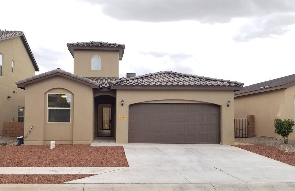 NEW CONSTRUCTION!!!! BRAND NEW HOME! MOVE-IN READY! Gorgeous New Home in intimate Paradise View HOA Community. Modern & sophisticated w/unique design. Near hospitals, parks, schools, food, shopping & Paseo access. Upgraded TILE Roof, Entry way w/ 20ft ceiling. Plank style tile flooring & carpeted bedrooms w/ vaulted ceilings. Bright, open floor plan, niches, clerestory windows & skylights. 12ft. ceilings in kitchen & living room, recessed lighting, granite counters, kitchen island bar, tile backsplash, SS appliances & pantry. Dining area w/ wall sized picture window, oversized glass sliders to gravel backyard w/ covered porch & gas stub out for grill. Pocket door to laundry service room w/ granite counters & extra storage. Split Master Bedroom w/ atrium door to backyard.
