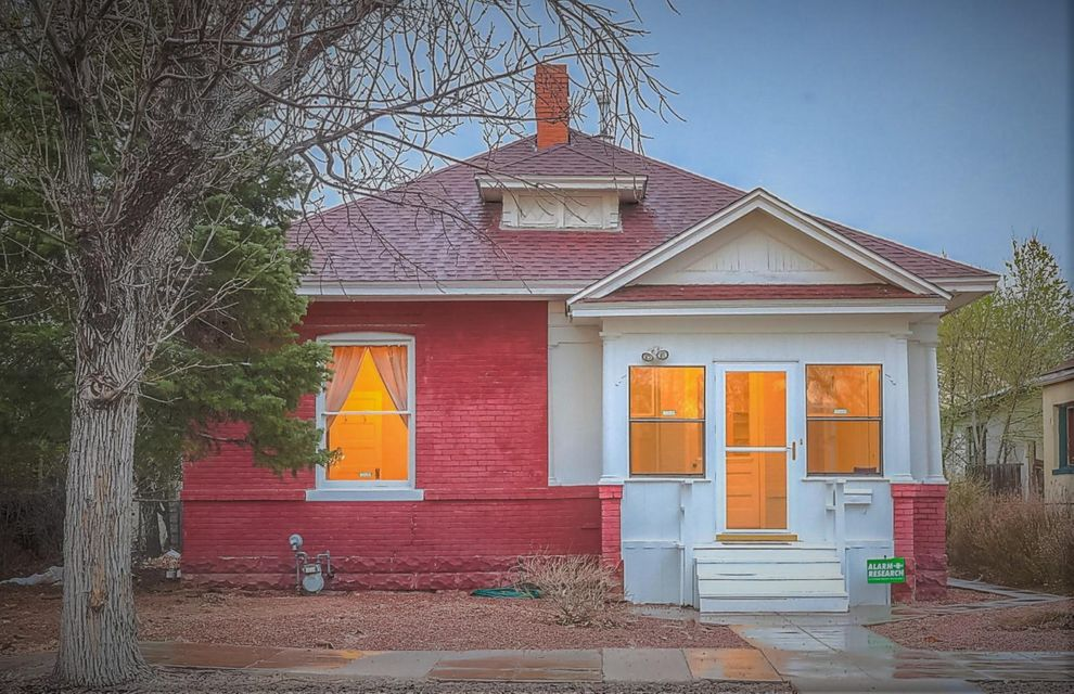 What a great Turn of Century Circa 1901. Great Victorian home in the Downtown area with easy access to Old town and Down town, wood floors, Brick exterior, New backyard fencing with gate and plenty of backyard space for all your outdoor entertainment. Refrigerated Air, CFA heat and all the Downtown Charm you could want.