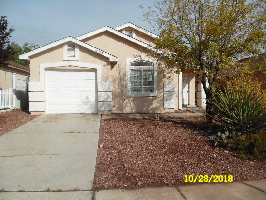 This home has potential.  Needs work including kitchen remodel.  Nice 2 bedroom, 2 bath floor plan with large master suite including walk-in closet. Large back yard has gazebo and open patio.  Near schools and shopping.