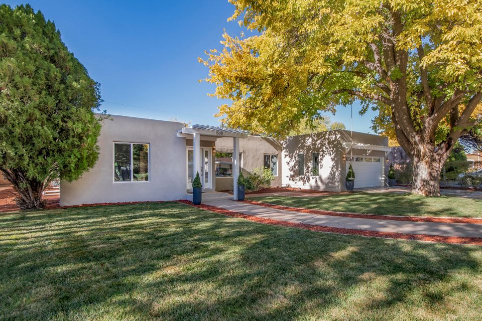 Another exceptional Tilley remodel!  Located in the prestigious downtown country club, this home was gutted and rebuilt close to new with premium materials & attention to detail throughout.  Open/bright 3+ living areas center around a stunning 60'' gas fireplace, w/ solid red oak & tile flooring throughout. Kitchen features custom soft-close cabinetry, quartz countertops, and professional style appliances.  Back-end prep/work station offers separate sink, dual- zone wine fridge, huge pantry, washer/dryer, folding area, and tons of storage.   Owner's en-suite boasts a luxury bath and spacious walk-in closet. Separate casita w/ half bath & mini-split.  New: TPO roof,  stucco, HVAC, windows, doors, lighting, plumbing +++ Upgraded electrical w/ solar benefits!  This is a MUST SEE!