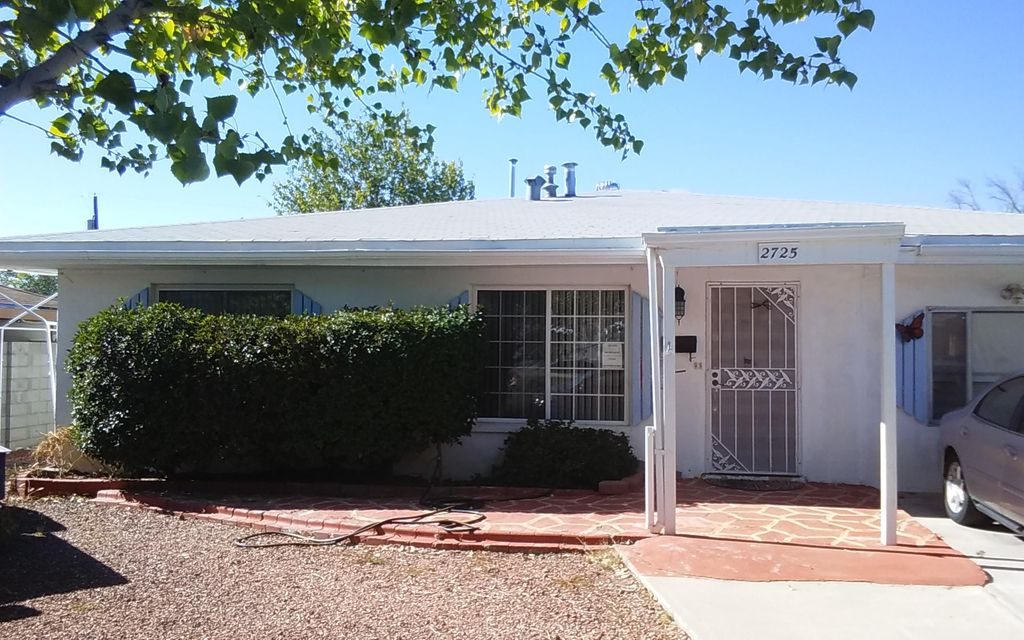 Location,Location. Centrally located in Uptown area,close to shopping as well as restaurants. Well established neighborhood. being Sold-AS-IS ***PRICE TO SELL*** Come see this fixer upper, just needs a little TLC ! 4 bedrooms, 2 baths.  Well established neighborhood. Also would be great for an investor.
