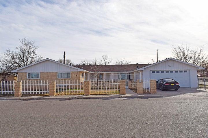 1129 W Castillo Avenue, Belen, NM 87002