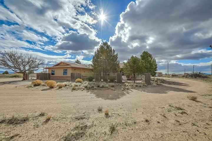 30 Ricardo Road, Belen, NM 87002