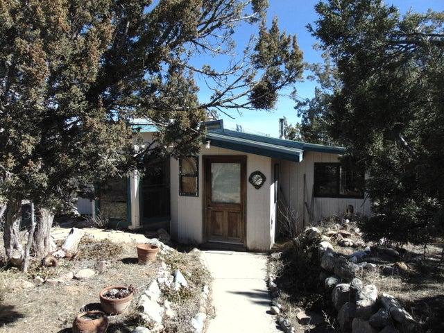 26 Park Road, Edgewood, NM 87015