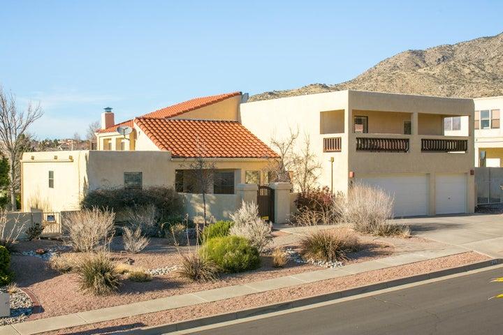 1209 Sierra Larga Drive NE, Albuquerque, NM 87112