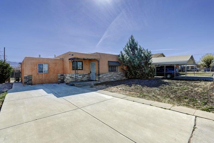 2634 Graceland Drive NE, Albuquerque, NM 87110