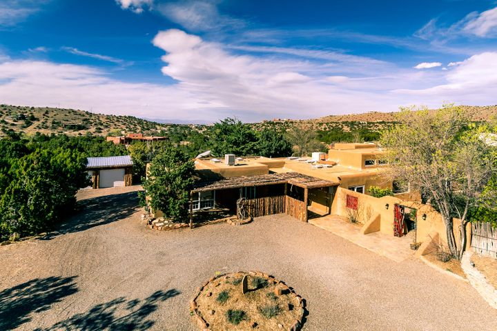 21 Sandia Lane, Placitas, NM 87043