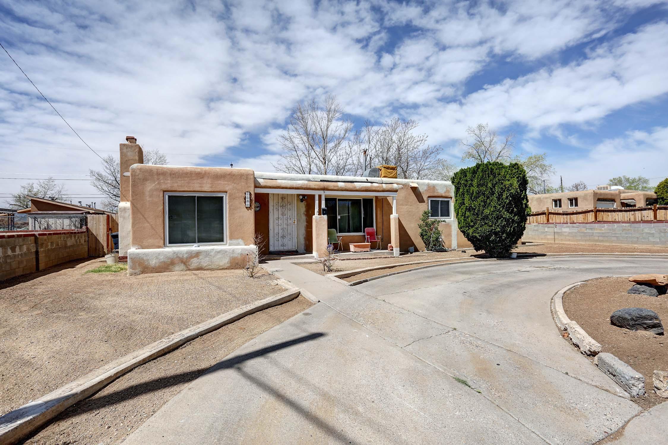 1501 Hendola Drive NE, Albuquerque, NM 87110