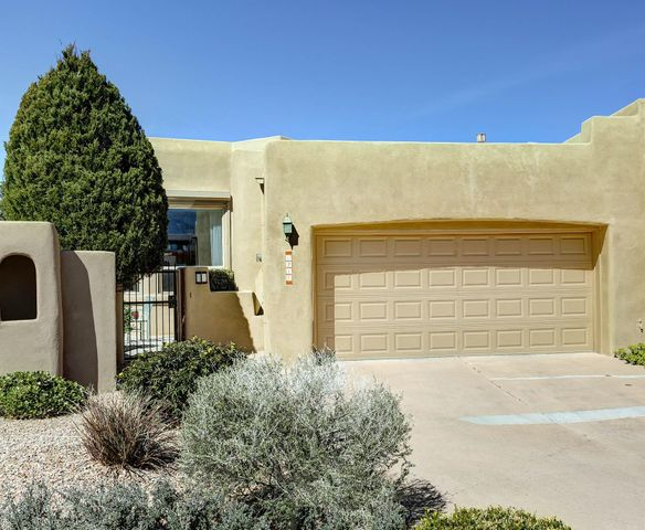 6217 Sedona Drive NE, Albuquerque, NM 87111