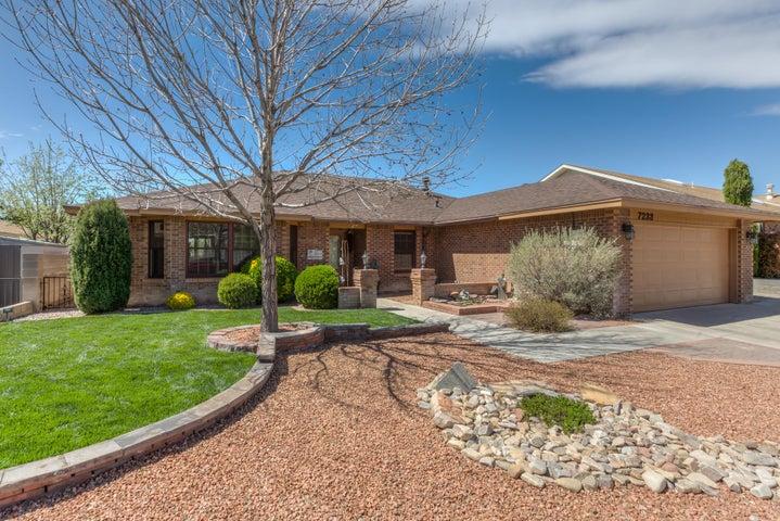 7233 General Kearny Drive NE, Albuquerque, NM 87109