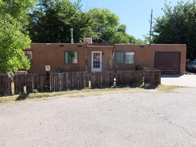 4600 Forman Road SW, Albuquerque, NM 87105