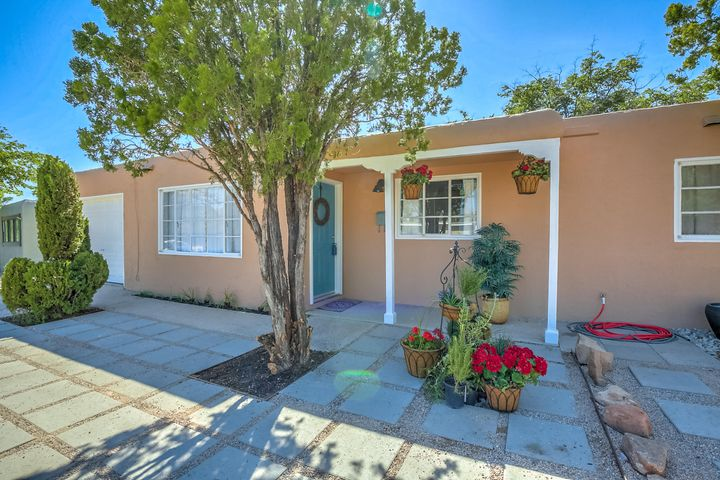 1205 Betts Street NE, Albuquerque, NM 87112