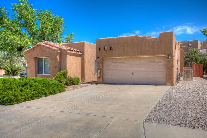 10216 Sand Sage Drive NW, Albuquerque, NM 87114
