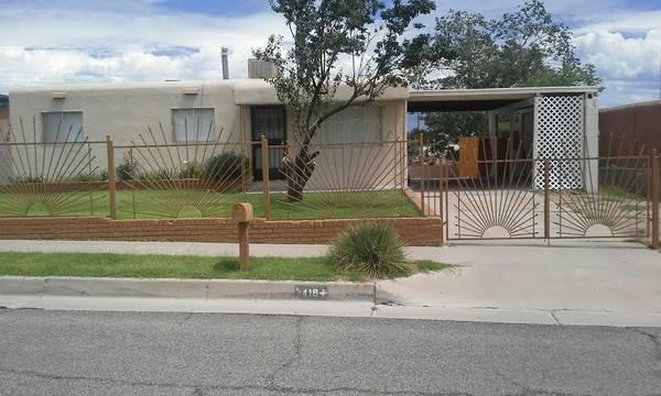 416 68th Street SW, Albuquerque, NM 87121