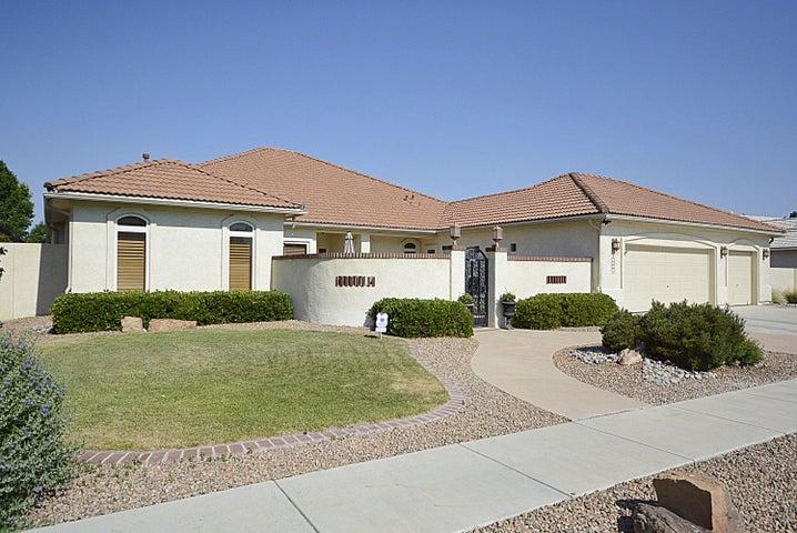 7123 Calle Montana NE, Albuquerque, NM 87113