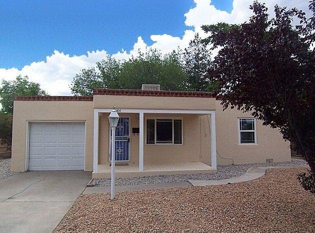 1404 Richmond Drive NE, Albuquerque, NM 87106