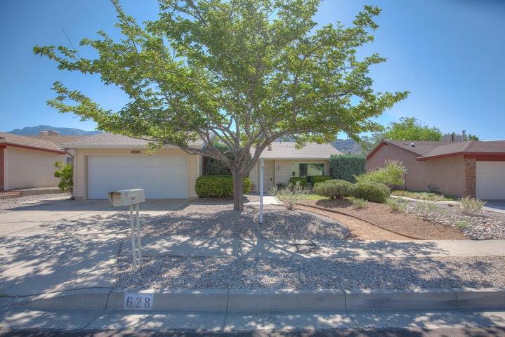 628 Vista Abajo Drive NE, Albuquerque, NM 87123