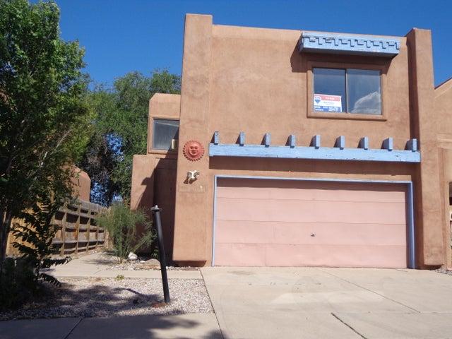 717 Candelaria Road NW, APT D, Albuquerque, NM 87107