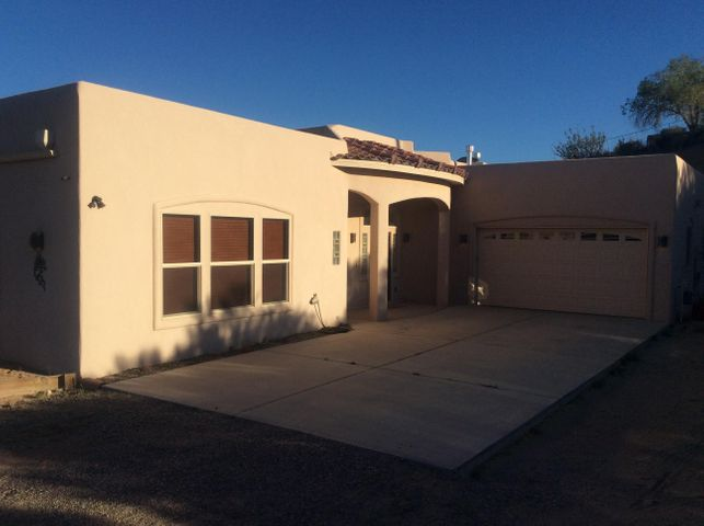 1605 Coronado Road, Corrales, NM 87048